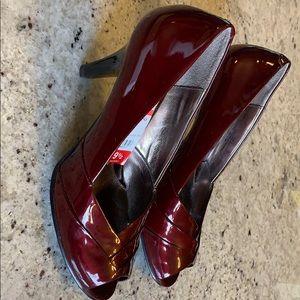 Woman Brand New Sofft Galilee Bordeaux Pearl Heels